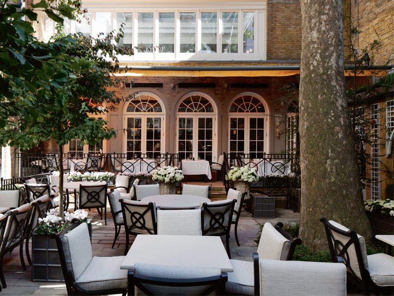 Lounge like legendary Londoners Charles Dickens and Wilkie Collins, who used to frequent The Arts Club Garden.