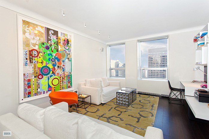 <b>2 Bedrooms, 1,917 sq. ft.</b><br/>Fully-renovated midtown west apartment