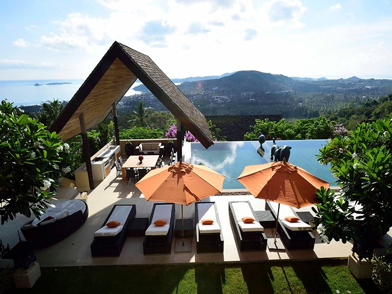 Each of the five residences that make up the Panacea Retreat in Koh Samui benefit from private gardens, landscaped grounds, and infinity pools with uninterrupted views of the surrounding nature.