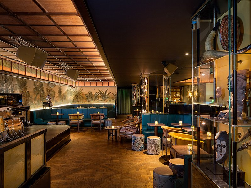 Enjoy live music every night at Oriole, including swing jazz and African blues, accompanied by an outstanding range of cocktails.