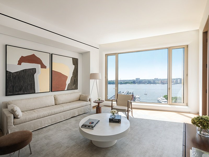 Large wall spaces and abundant natural light make living spaces on the 15th floor of 551 West 21st Street ideal for displaying art.