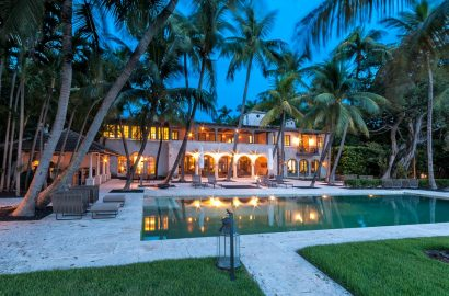 Who is Fueling the Surge in Luxury Home Sales?