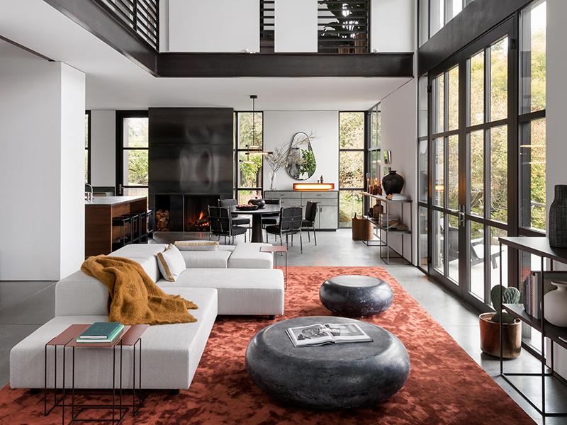 Olson-Kundig-False-Bay-farmhouse-interior