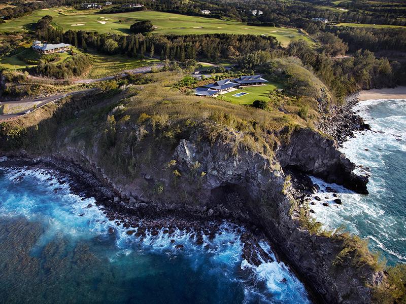 Olson Kundig Hawaii home on cliffs