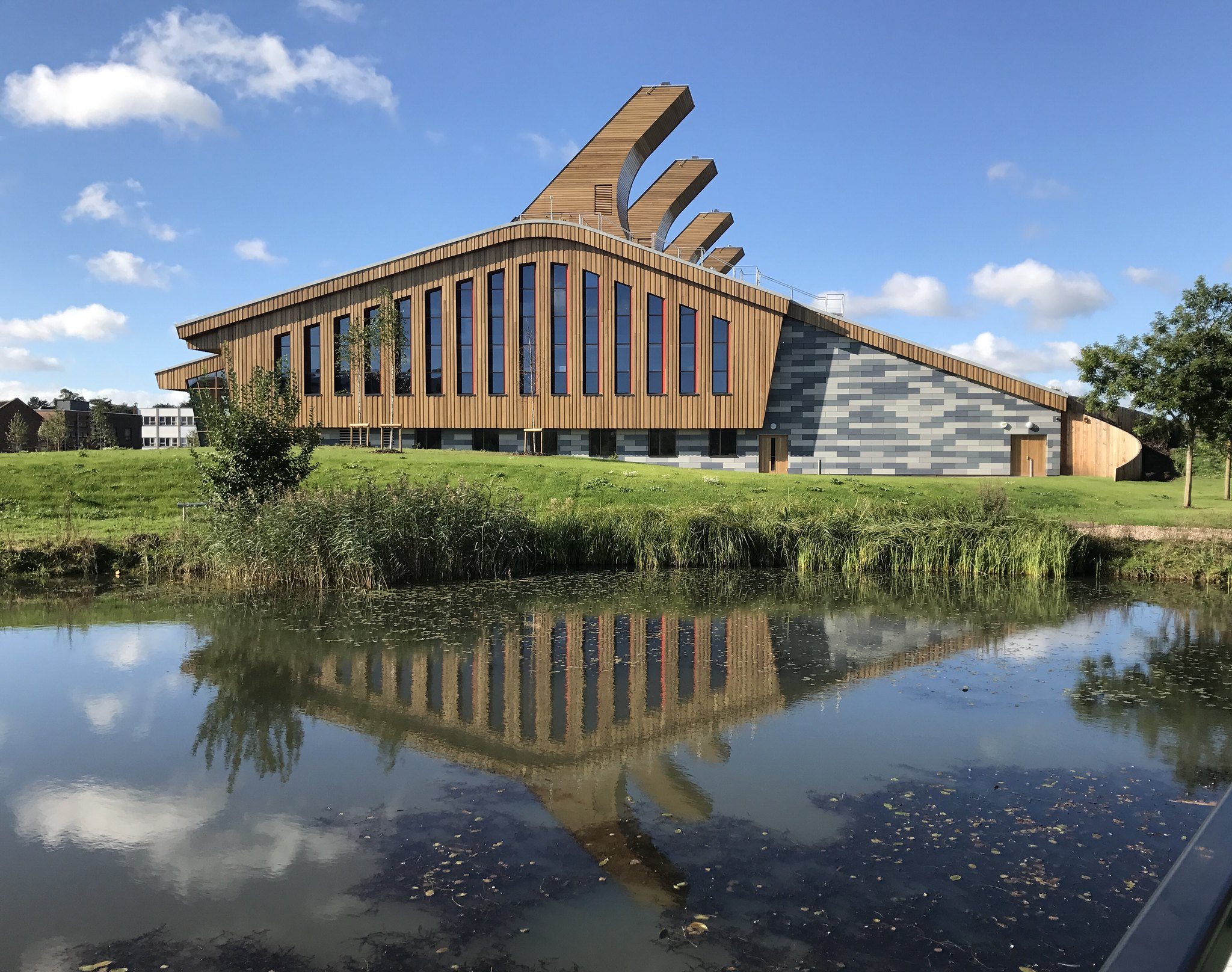 A great example of green architecture: the Glaxo Smith Kline Carbon Neutral Laboratory for Sustainable Chemistry