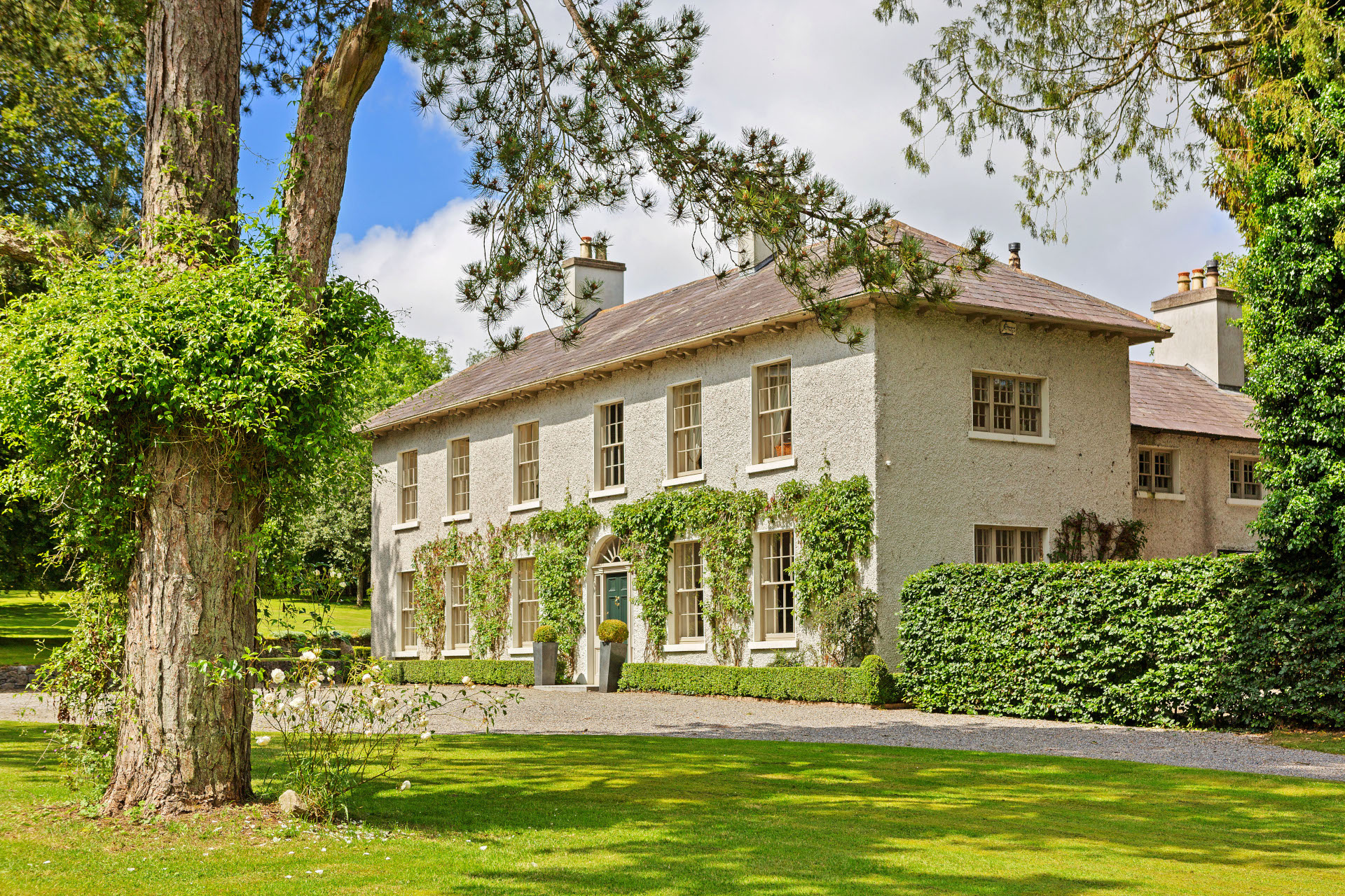 A 19th-century courthouse-turned-rectory, Oldcourt House in County Kildare is today a luxury family home on 13.5 acres with ample space for sporting and equine pursuits.