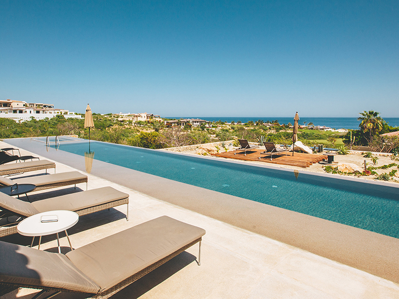 Swimming pool overlooking the sea