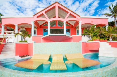 Eye-Catching Architecture: 8 Stylish Homes with a Burst of Color