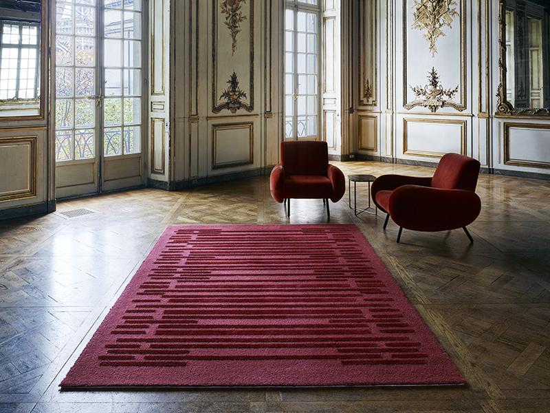 Carmine rug from Merida