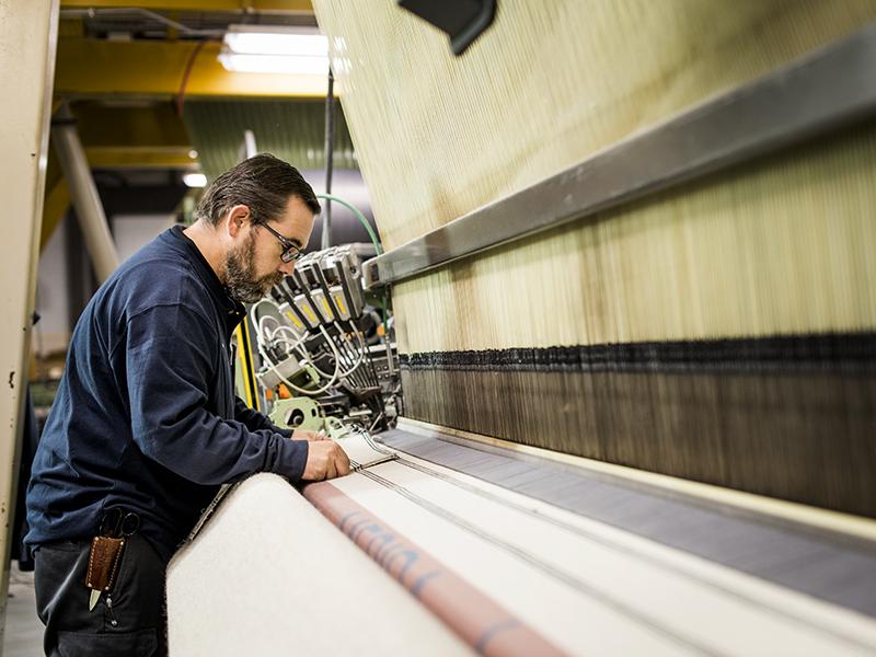 Master weaver Xxxxx xxxxxxx at work at Merida