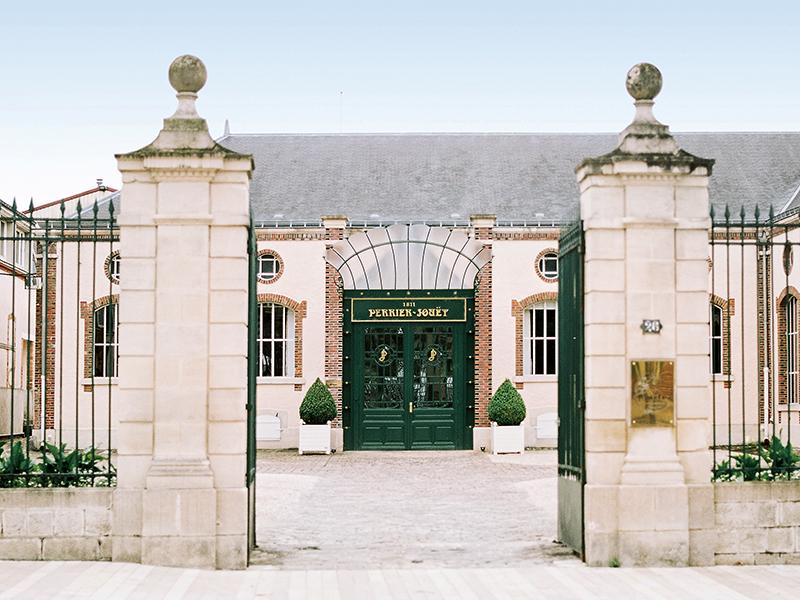 The Maison Perrier-Jouët boutique
