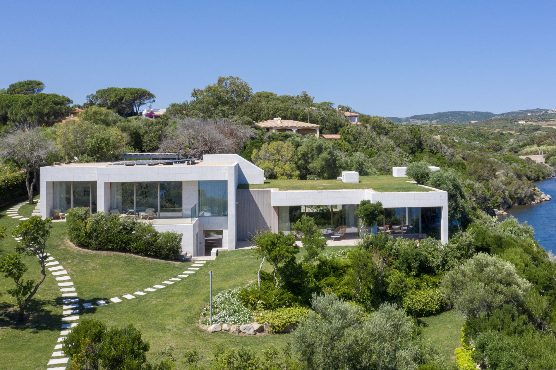 28 The Top 10 Eco Friendly Features for Today's Luxury Homes ...