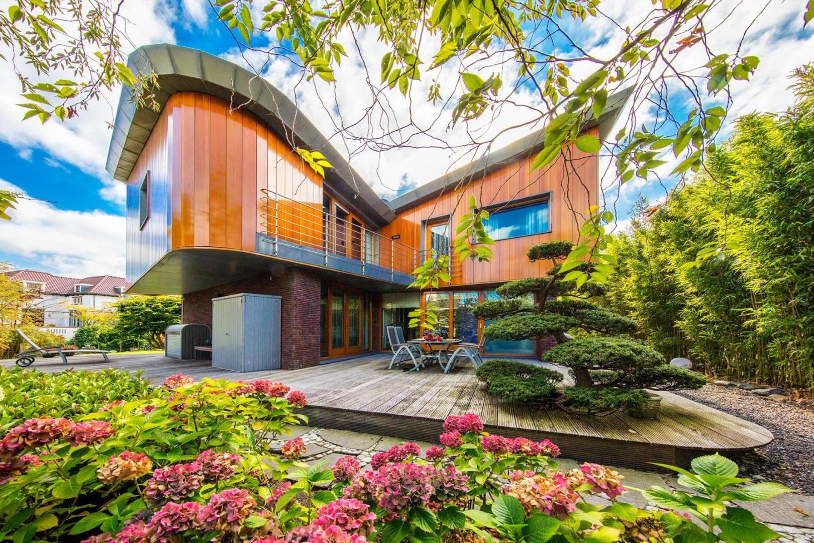 Green Grandeur 10 Exceptional Eco Friendly Estates   Christie's ...
