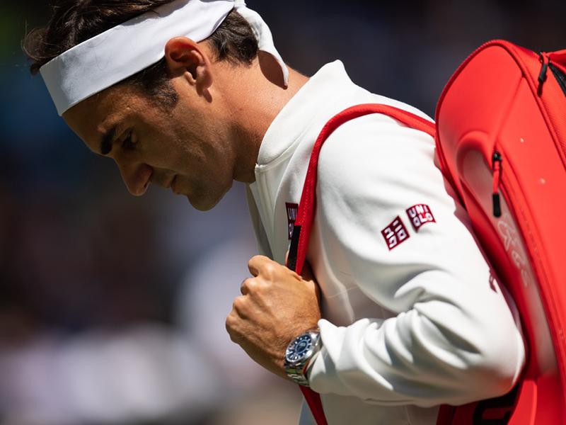 Roger Federer wearing a silver Rolex datejust