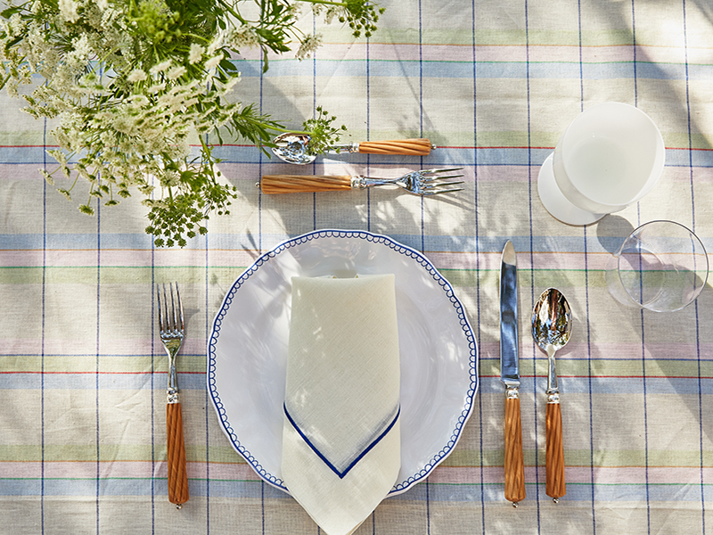 Outdoor eating can be done in style with homeware from Z.d.G.