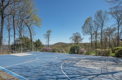 5 Extraordinary Homes for Olympic Sports Fans–and Fantasy Olympians