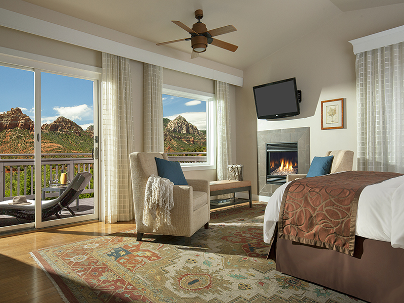 A suite with views of Arizona's Red Rock country