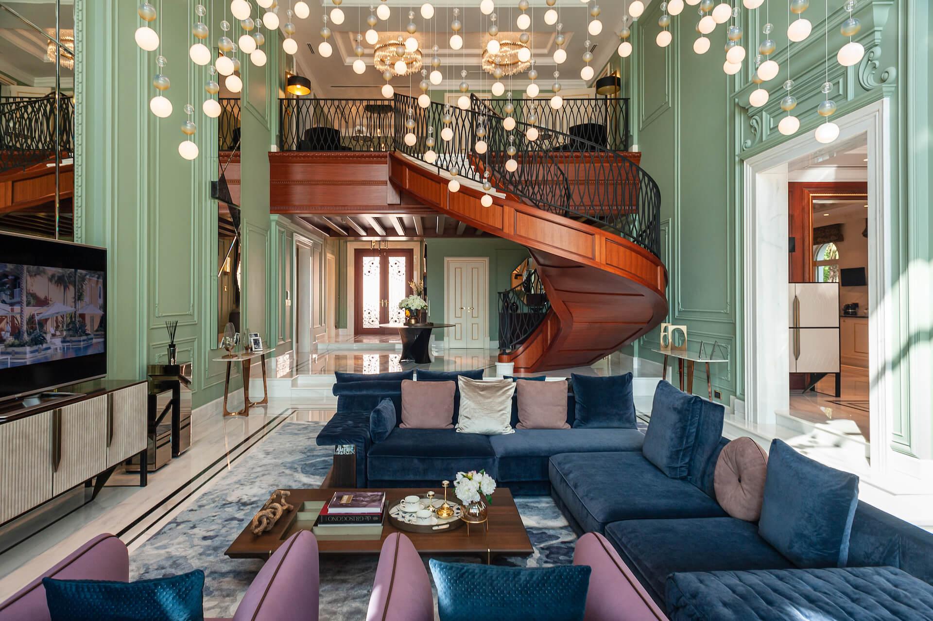 Residence at Palm Jumeirah XXII Carat Club Villas in Dubai, UAE   ULTERRE