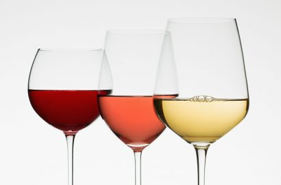 Does the Right Wine Glass Really Make a Difference?