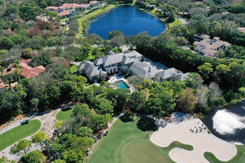 4. Single Family Home for Sale at 146 Bears Club Drive, Jupiter, FL 33477 Jupiter, Florida,33477 United States