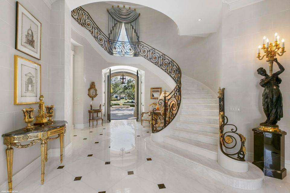 7. Single Family Home for Sale at 146 Bears Club Drive, Jupiter, FL 33477 Jupiter, Florida,33477 United States