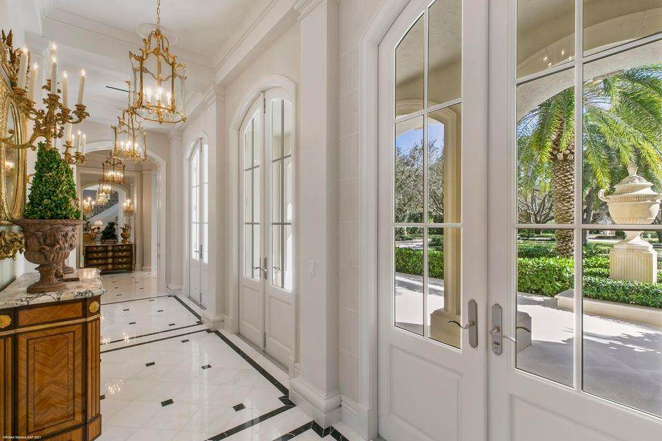 50. Single Family Home for Sale at 146 Bears Club Drive, Jupiter, FL 33477 Jupiter, Florida,33477 United States
