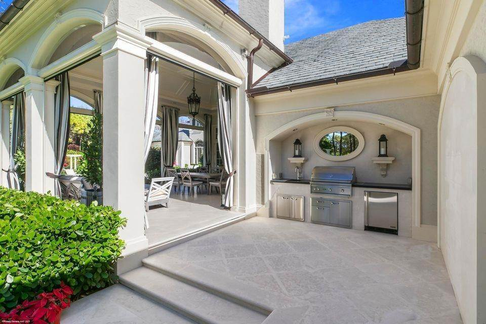 80. Single Family Home for Sale at 146 Bears Club Drive, Jupiter, FL 33477 Jupiter, Florida,33477 United States