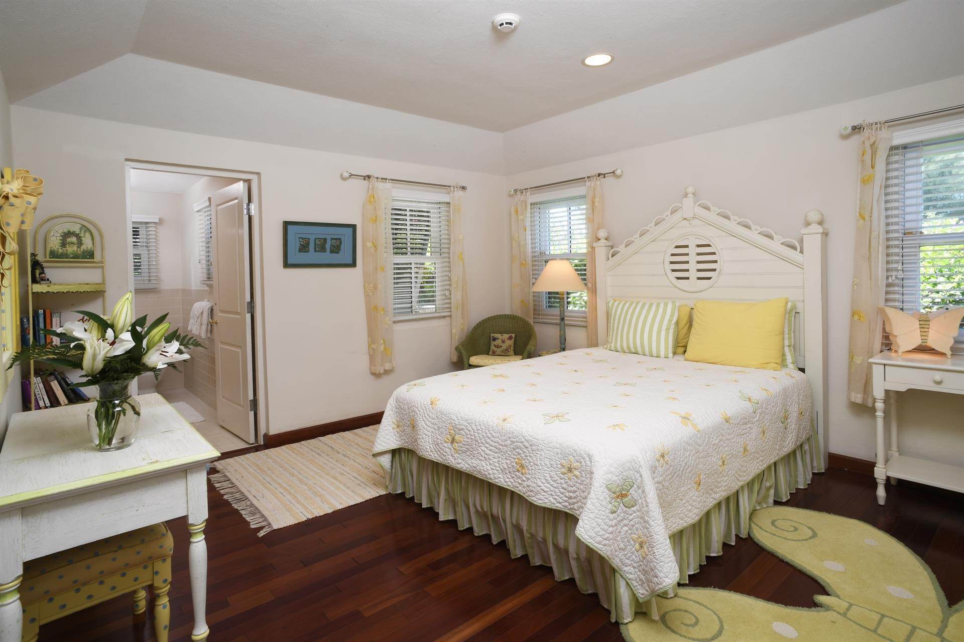 8. Single Family Home 용 매매 에 Caper Collis In Tucker's Town 3 South Road Hamilton Parish, Bermuda,HS02 버뮤다