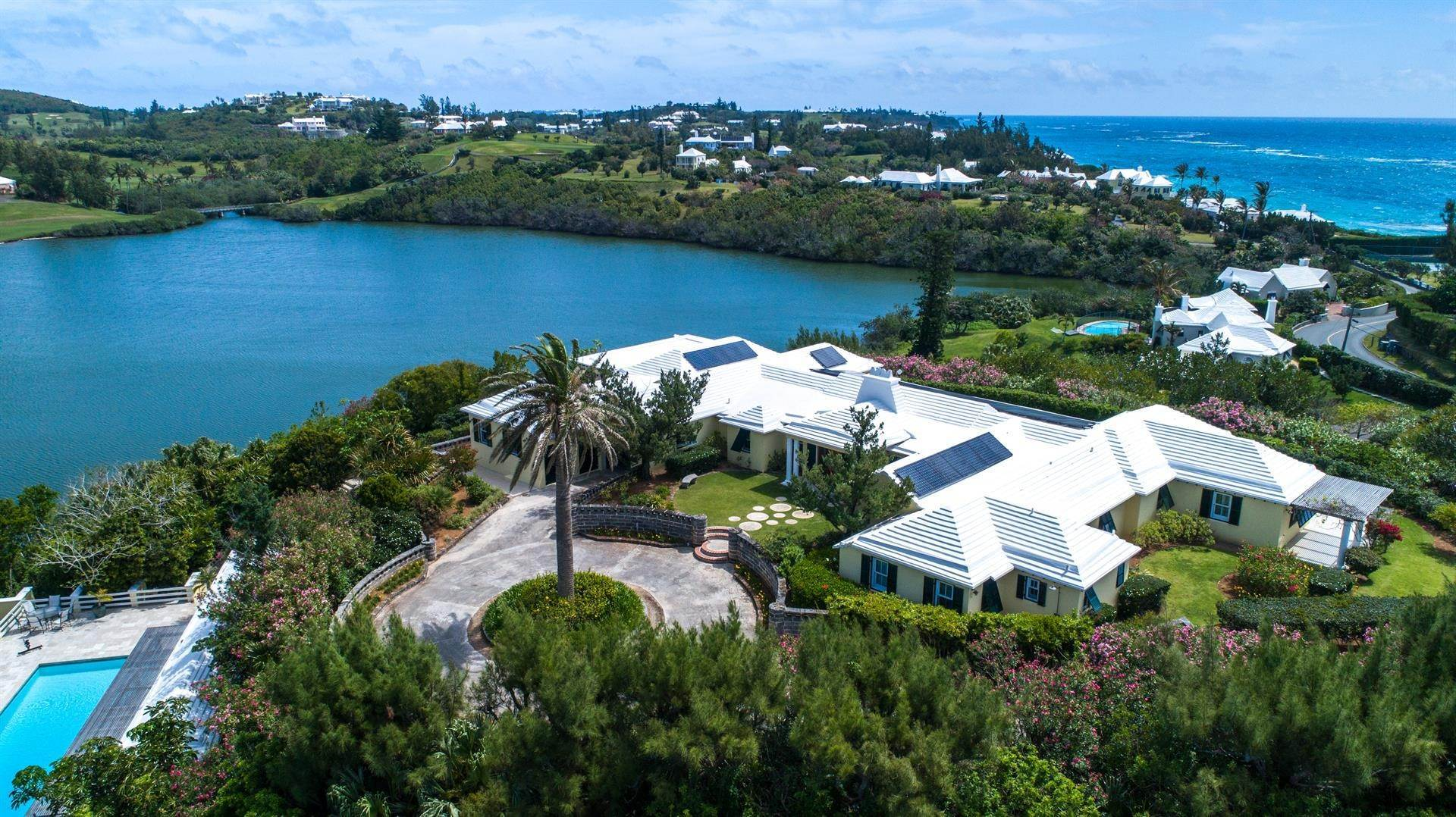 16. Single Family Home 용 매매 에 Caper Collis In Tucker's Town 3 South Road Hamilton Parish, Bermuda,HS02 버뮤다