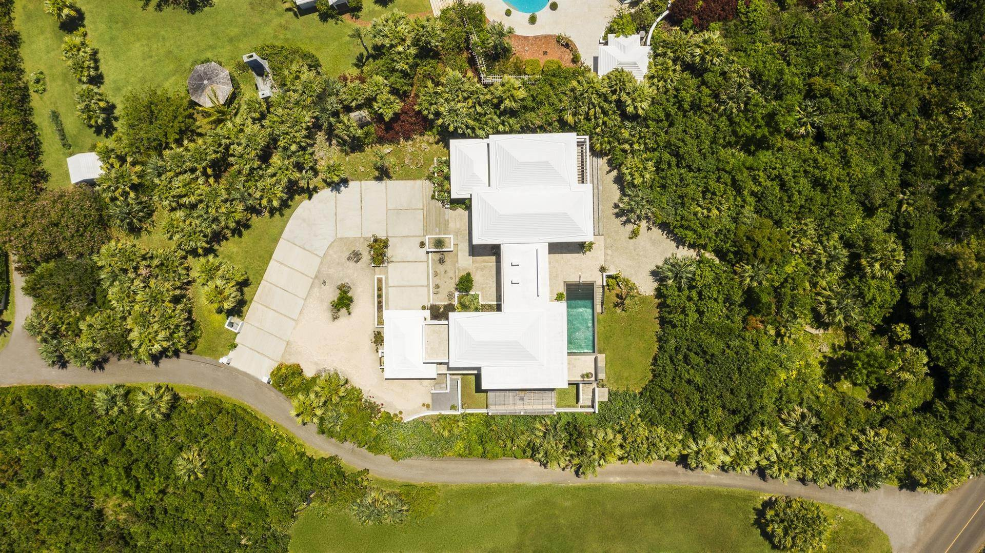 25. Single Family Home のために 売買 アット Georgetown - Bermuda's Modern House 50A Harrington Sound Road Hamilton Parish, Bermuda,CR04 バミューダ
