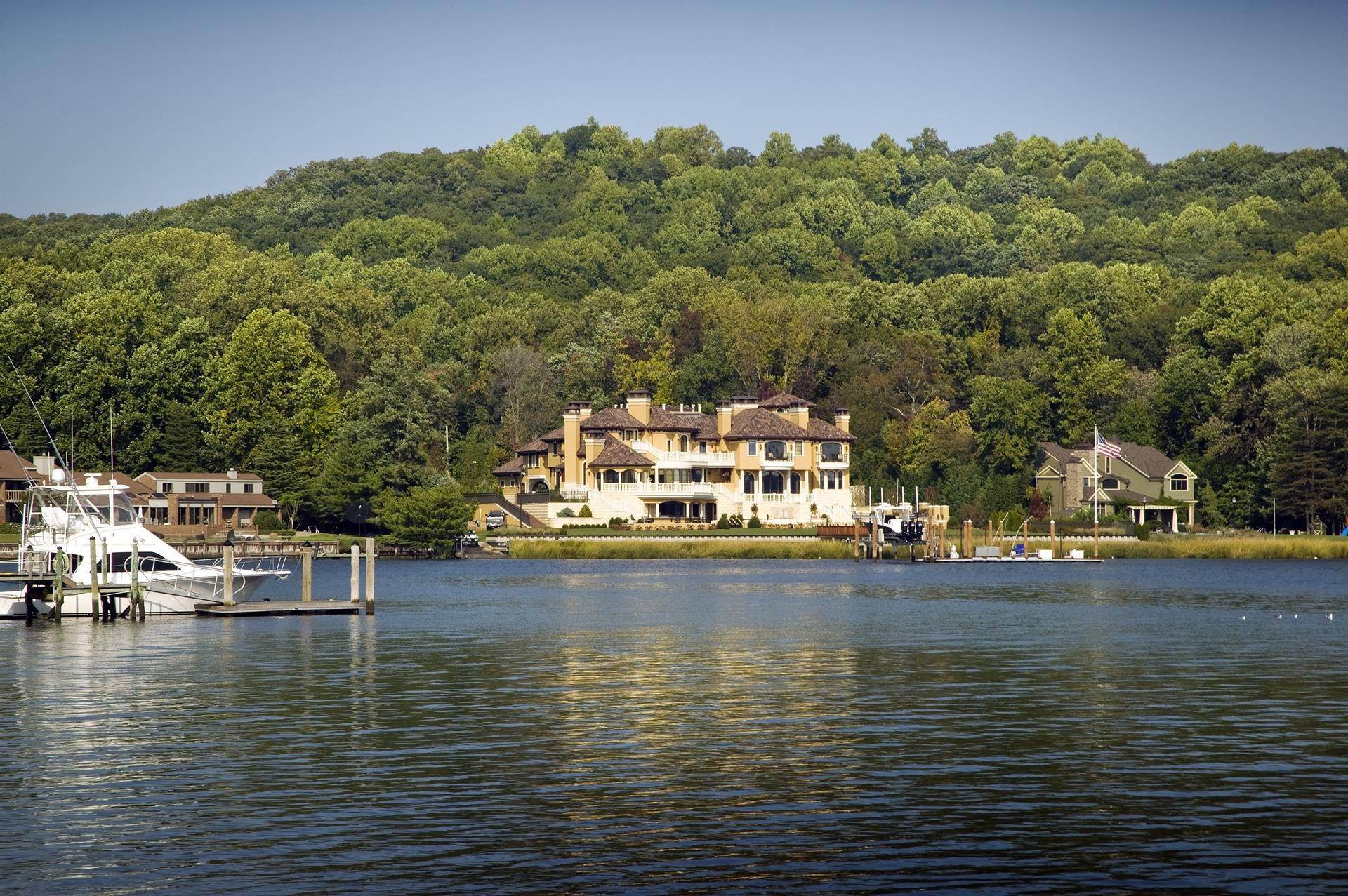 45. Estate for Sale at Villa Paradiso on the Navesink Middletown, New Jersey,07760 United States