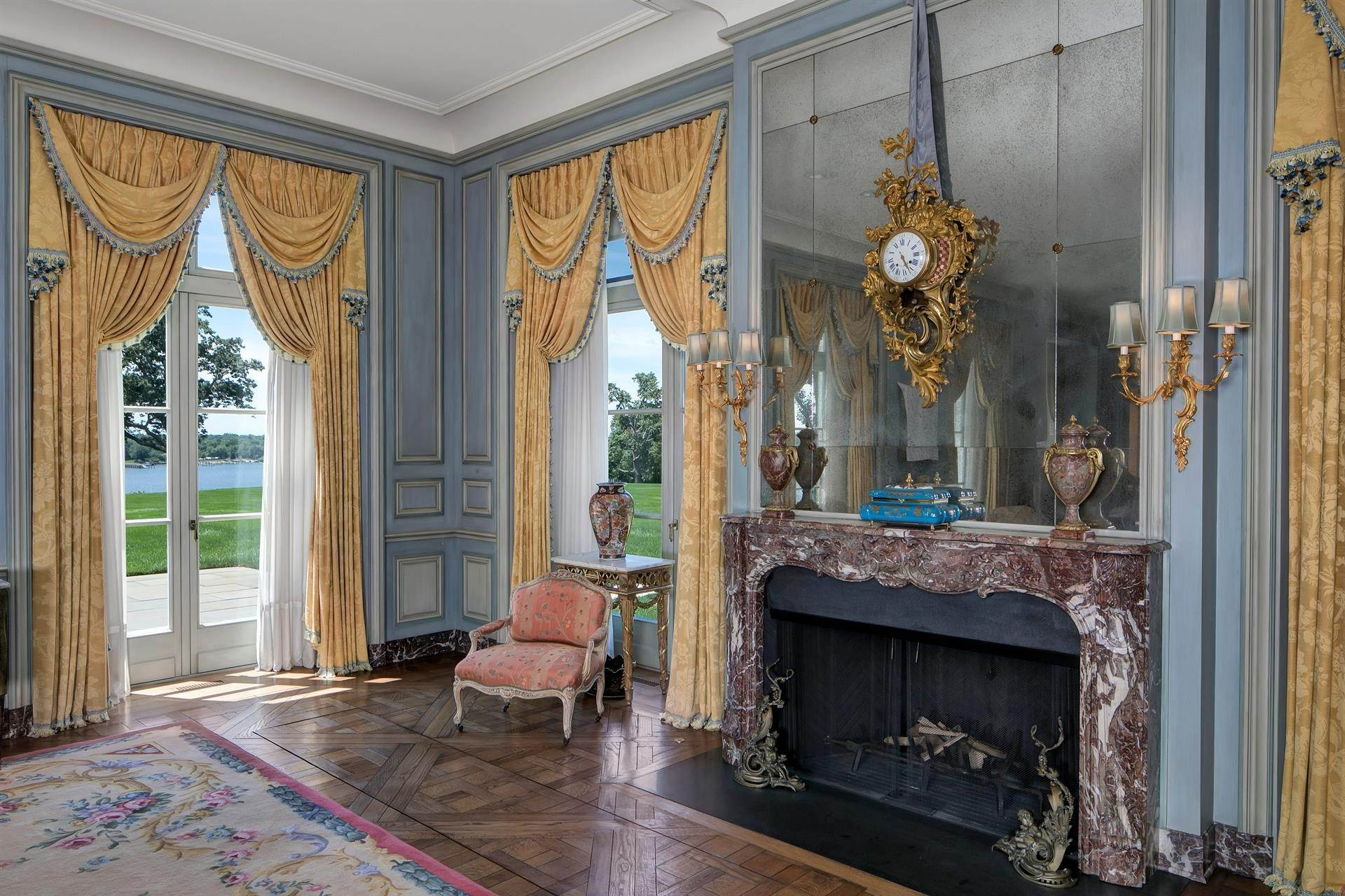11. Estate for Sale at High Point Estate on the Navesink River Middletown, New Jersey,07701 United States