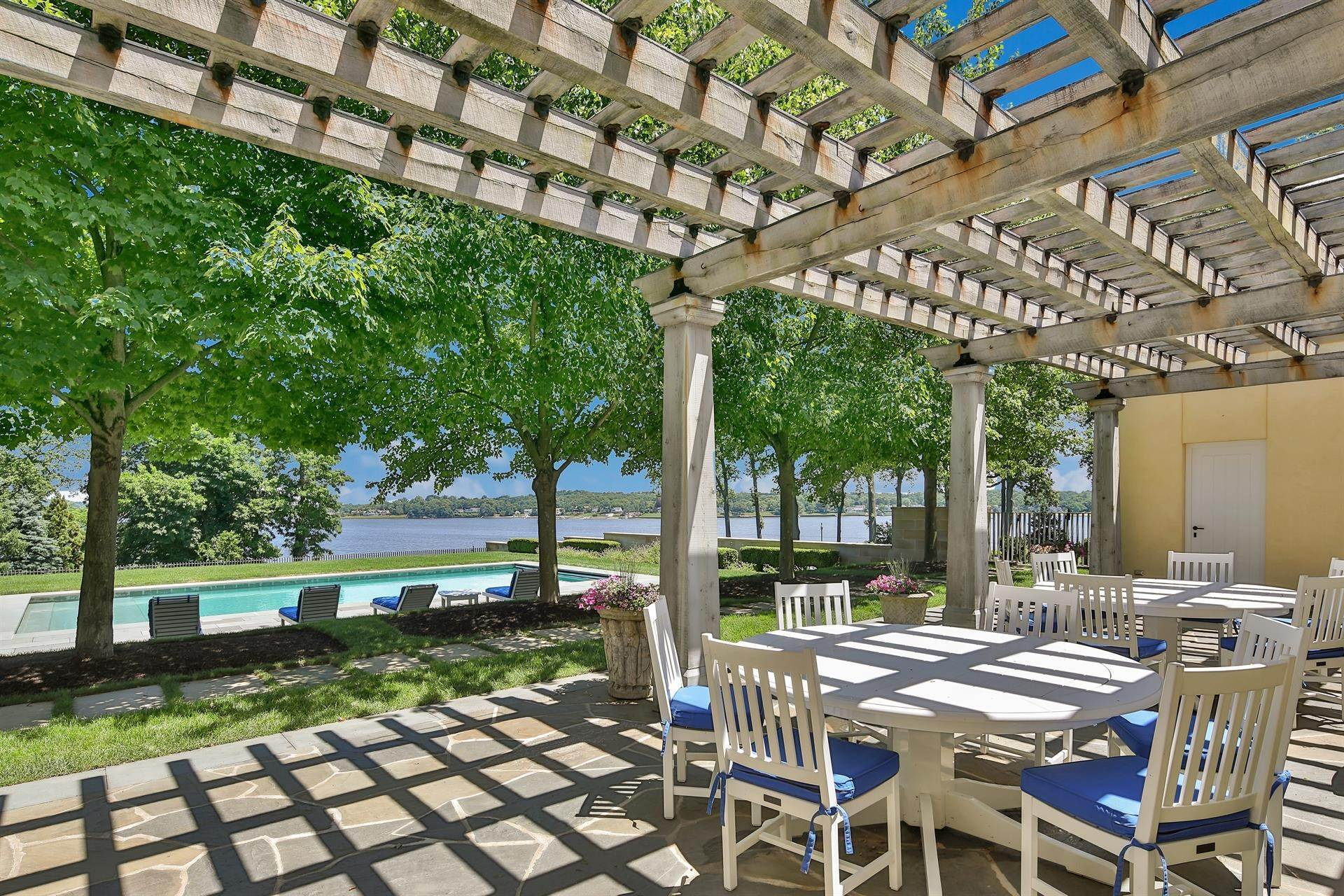 7. Estate for Sale at High Point Estate on the Navesink River Middletown, New Jersey,07701 United States