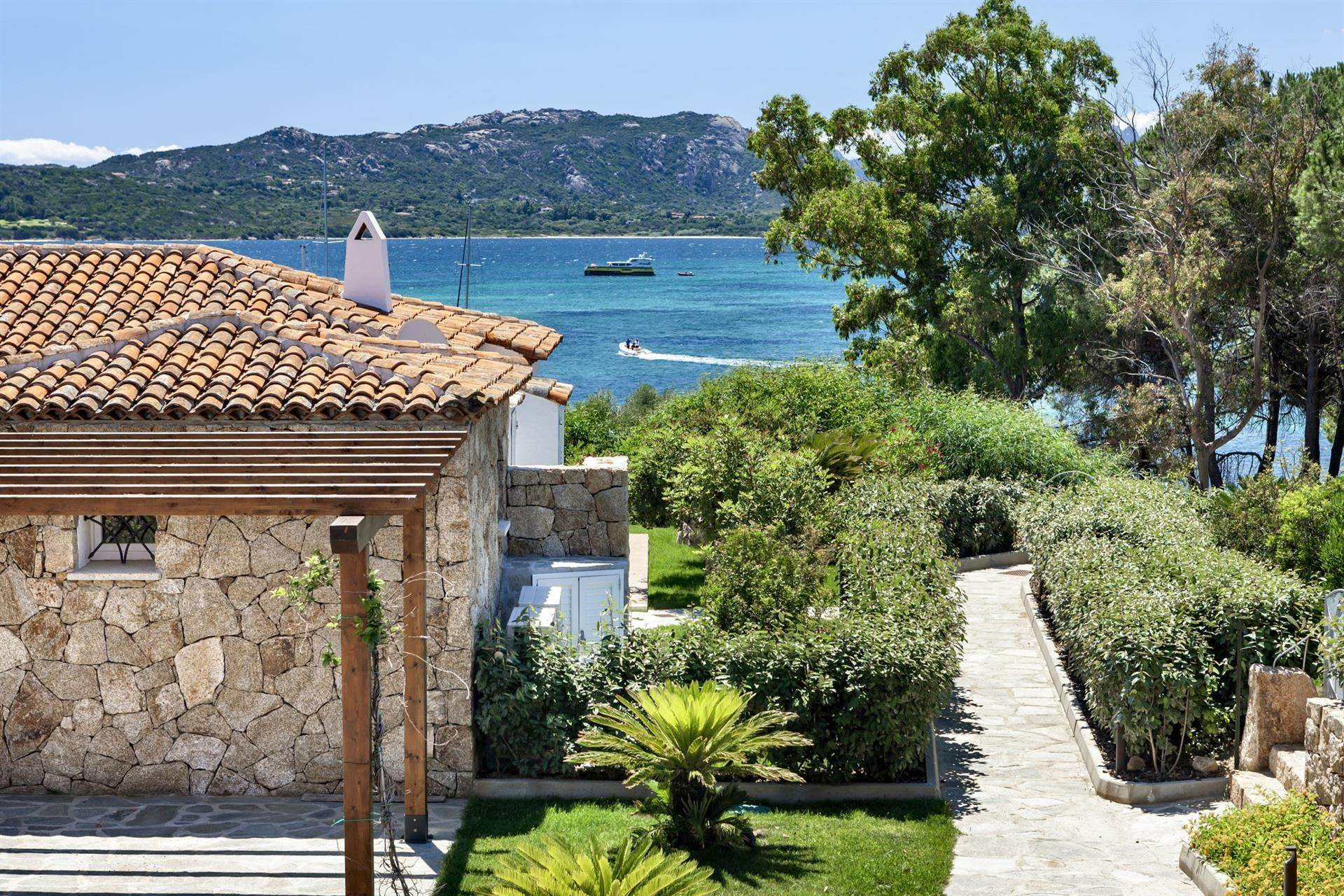 別墅 / 联排别墅 為 出售 在 Borgo Harenae Elite Villas and Exclusive Suites Sardinia Costa Smeralda, Olbia Tempio,07021 義大利