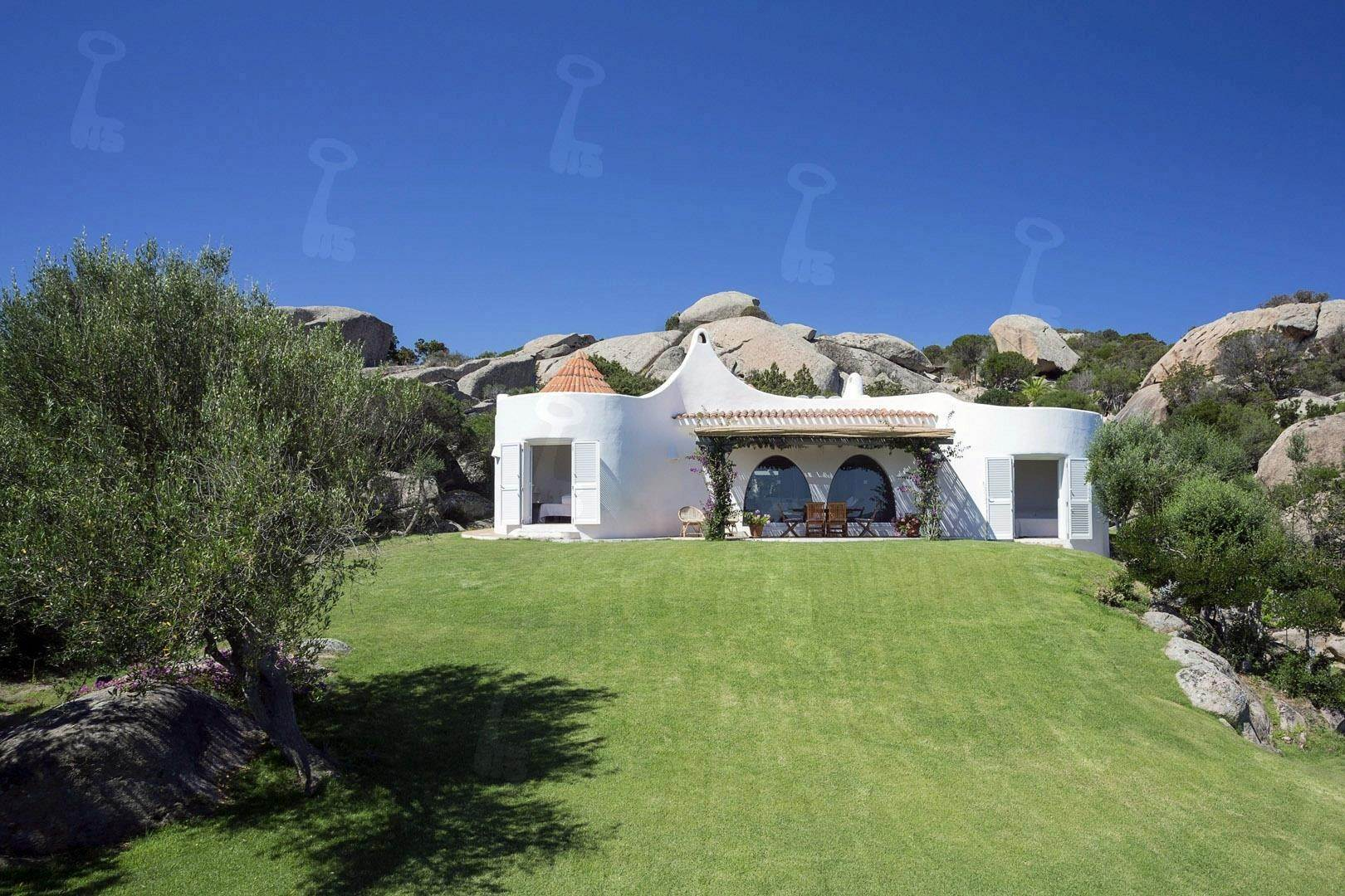 18. Estate for Rent at The Ulivi Estate for rent Porto Rafael, Olbia Tempio,07020 Italy