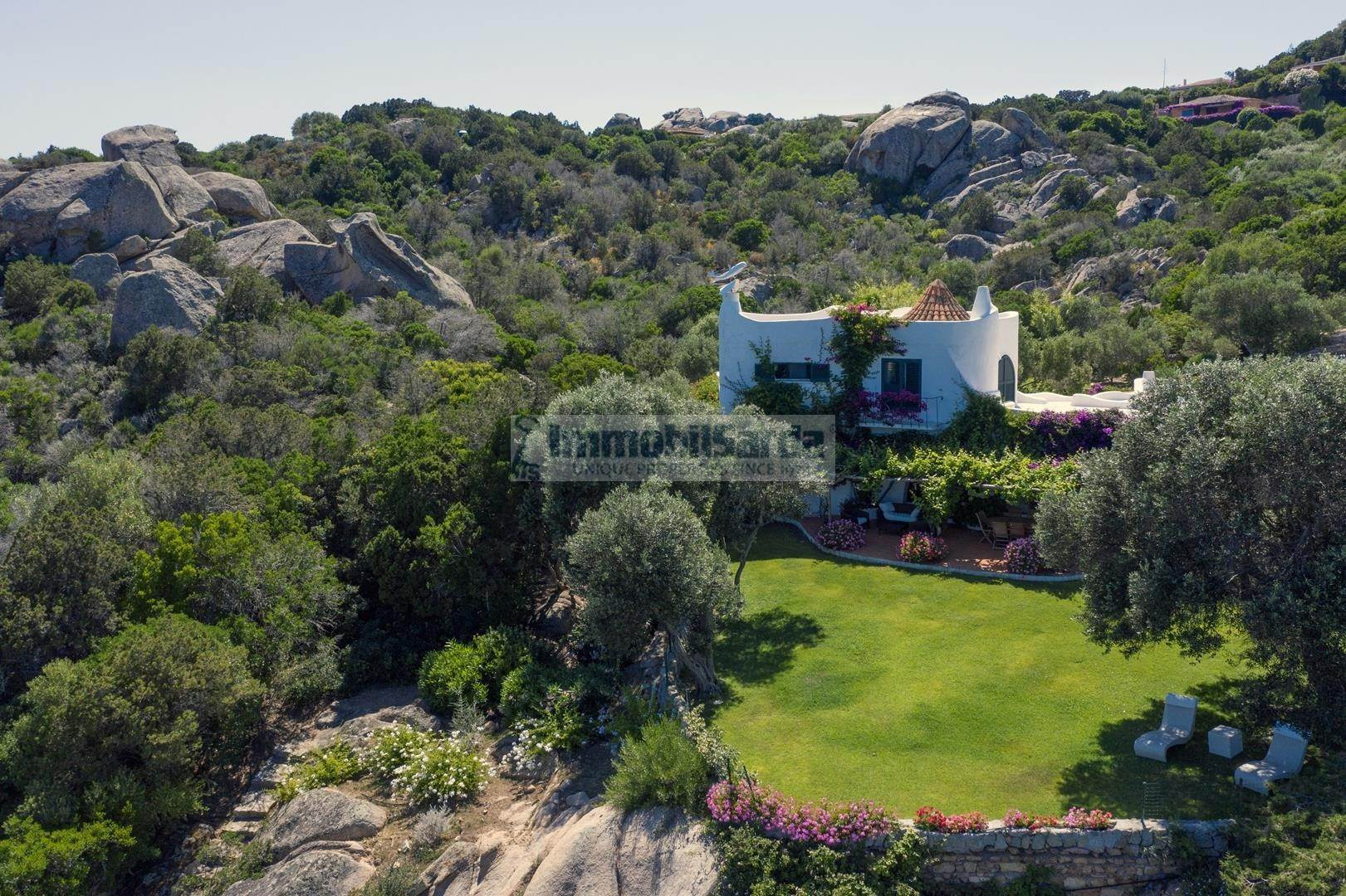 5. Estate for Rent at The Ulivi Estate for rent Porto Rafael, Olbia Tempio,07020 Italy