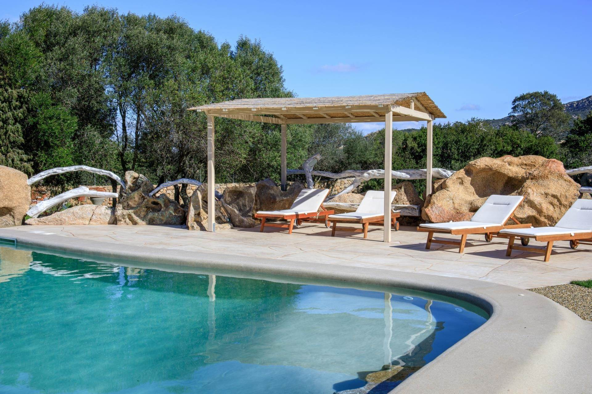 3. Villa/Townhouse for Rent at Country Villa with Pool for rent Costa Smeralda, Olbia Tempio,07021 Italy