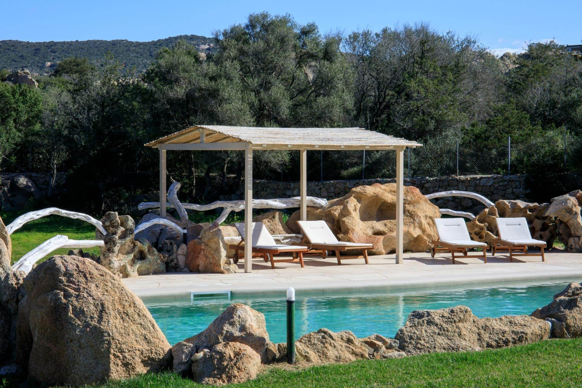 18. Villa/Townhouse for Rent at Country Villa with Pool for rent Costa Smeralda, Olbia Tempio,07021 Italy