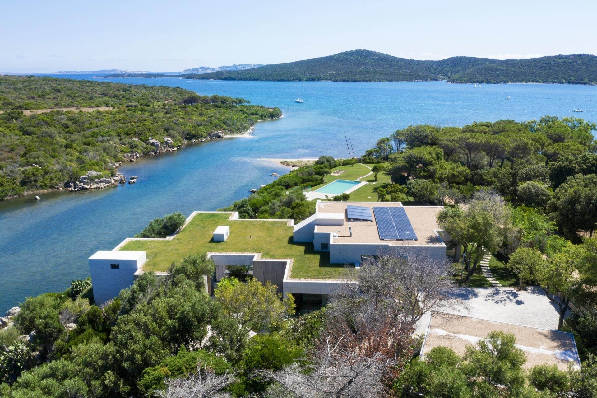 4. Villa/Townhouse for Sale at Waterfront Villa La Coluccia Costa Smeralda, Olbia Tempio,07020 Italy