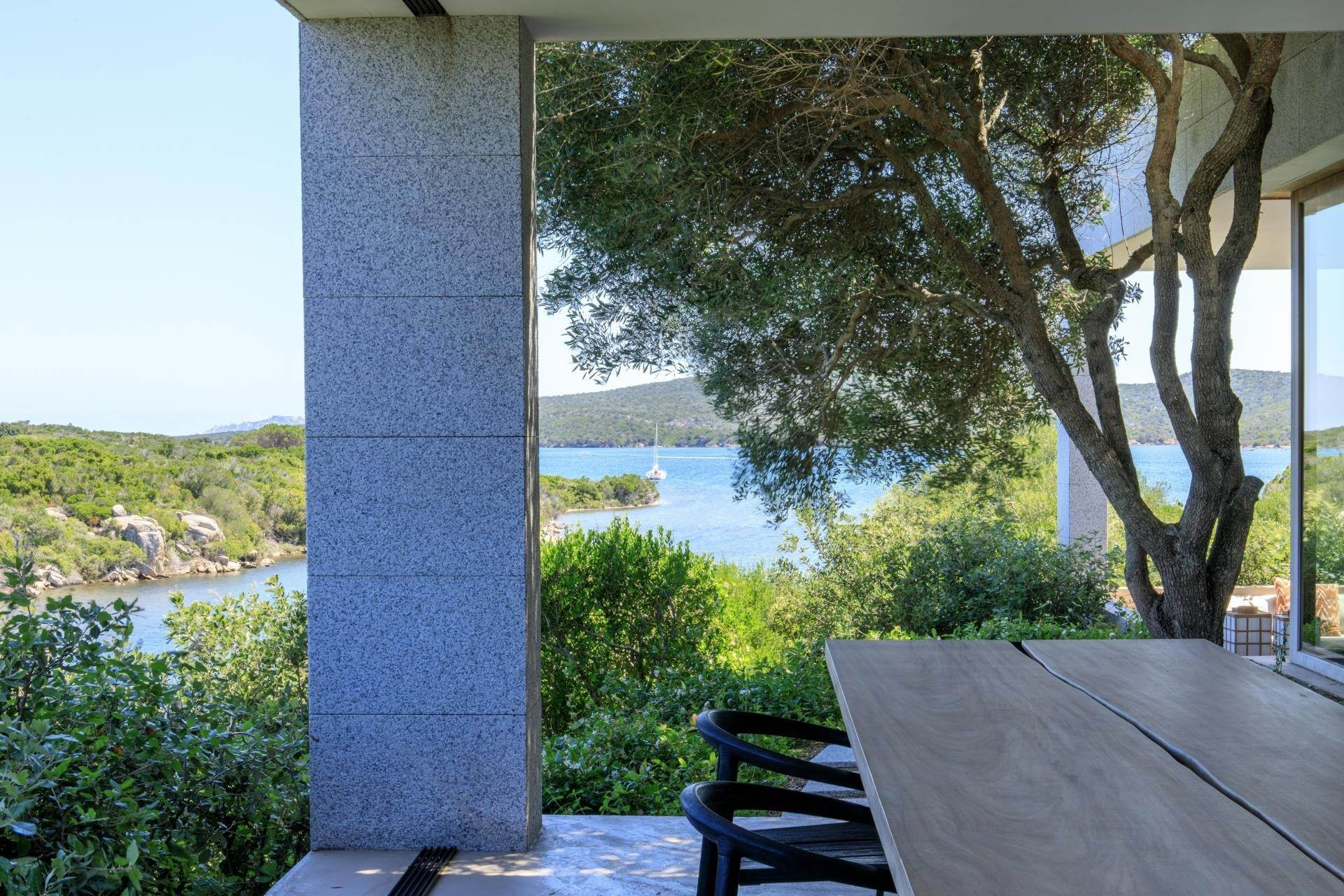 13. Villa/Townhouse for Sale at Waterfront Villa La Coluccia Costa Smeralda, Olbia Tempio,07020 Italy