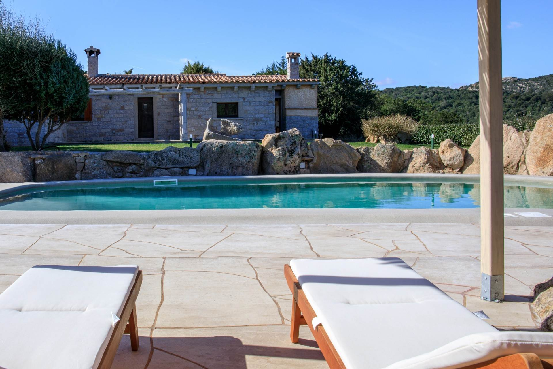 4. Villa/Townhouse for Rent at Country Villa with Pool for rent Costa Smeralda, Olbia Tempio,07021 Italy