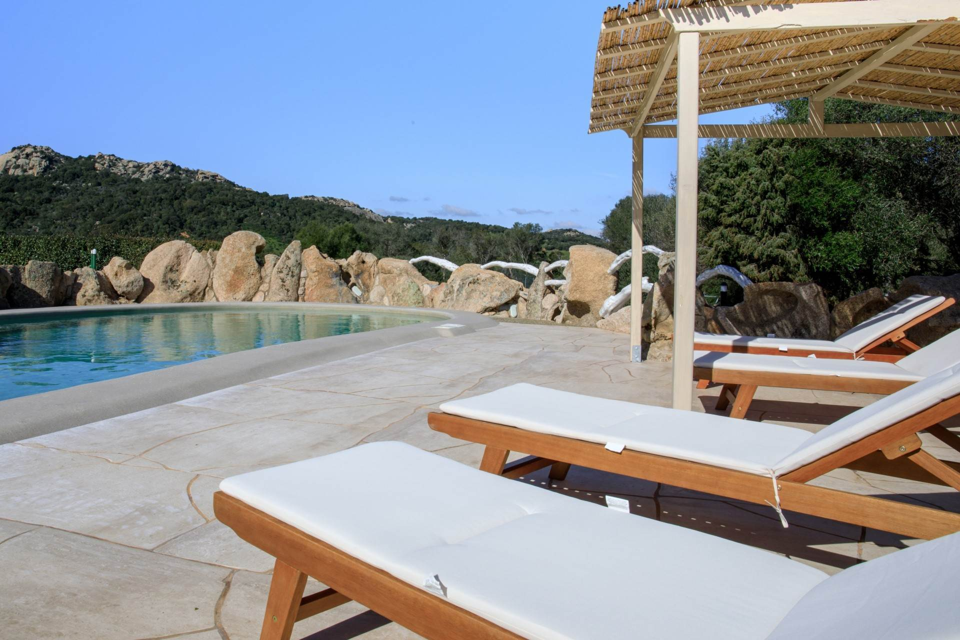5. Villa/Townhouse for Rent at Country Villa with Pool for rent Costa Smeralda, Olbia Tempio,07021 Italy