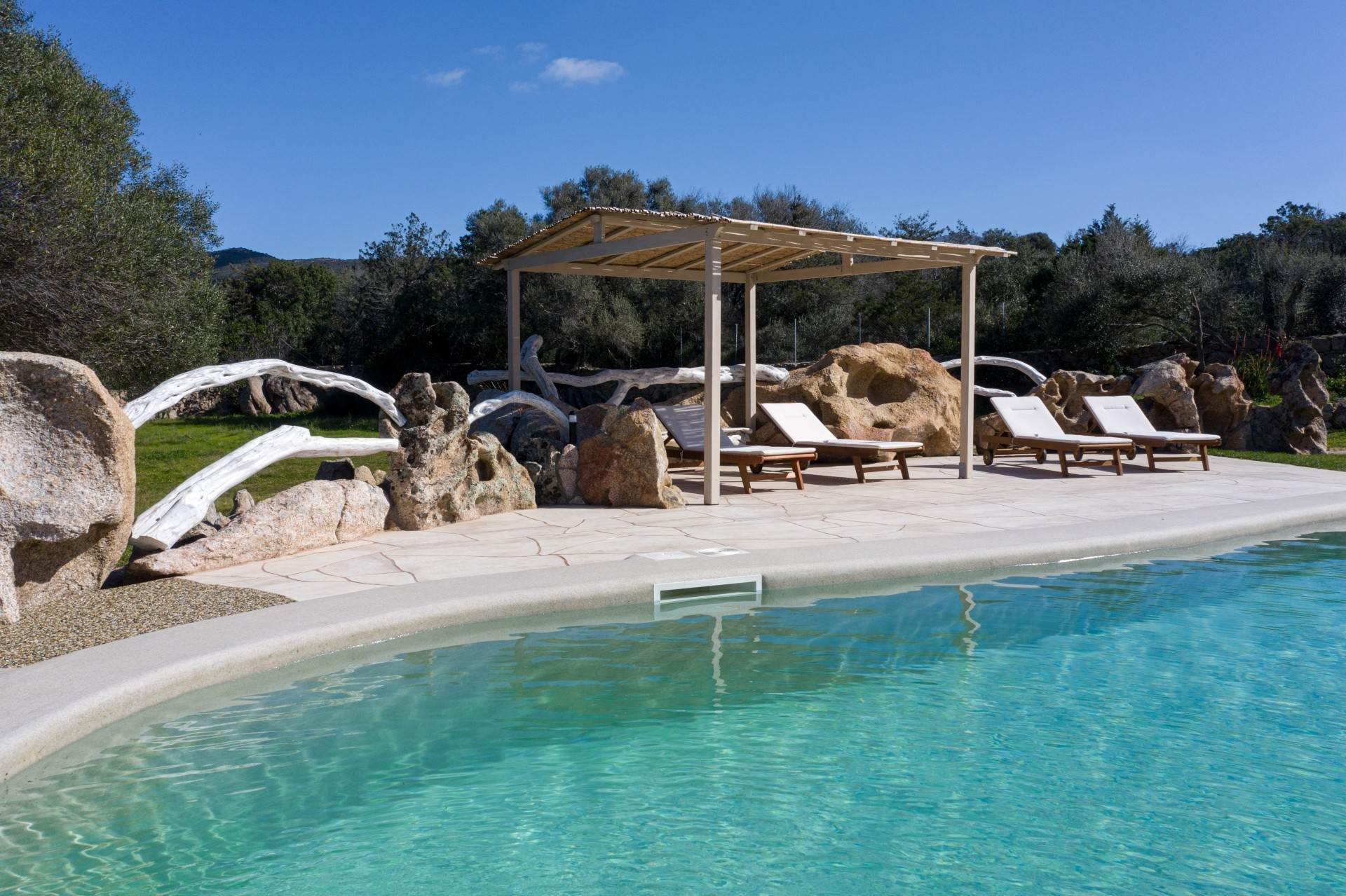 19. Villa/Townhouse for Rent at Country Villa with Pool for rent Costa Smeralda, Olbia Tempio,07021 Italy