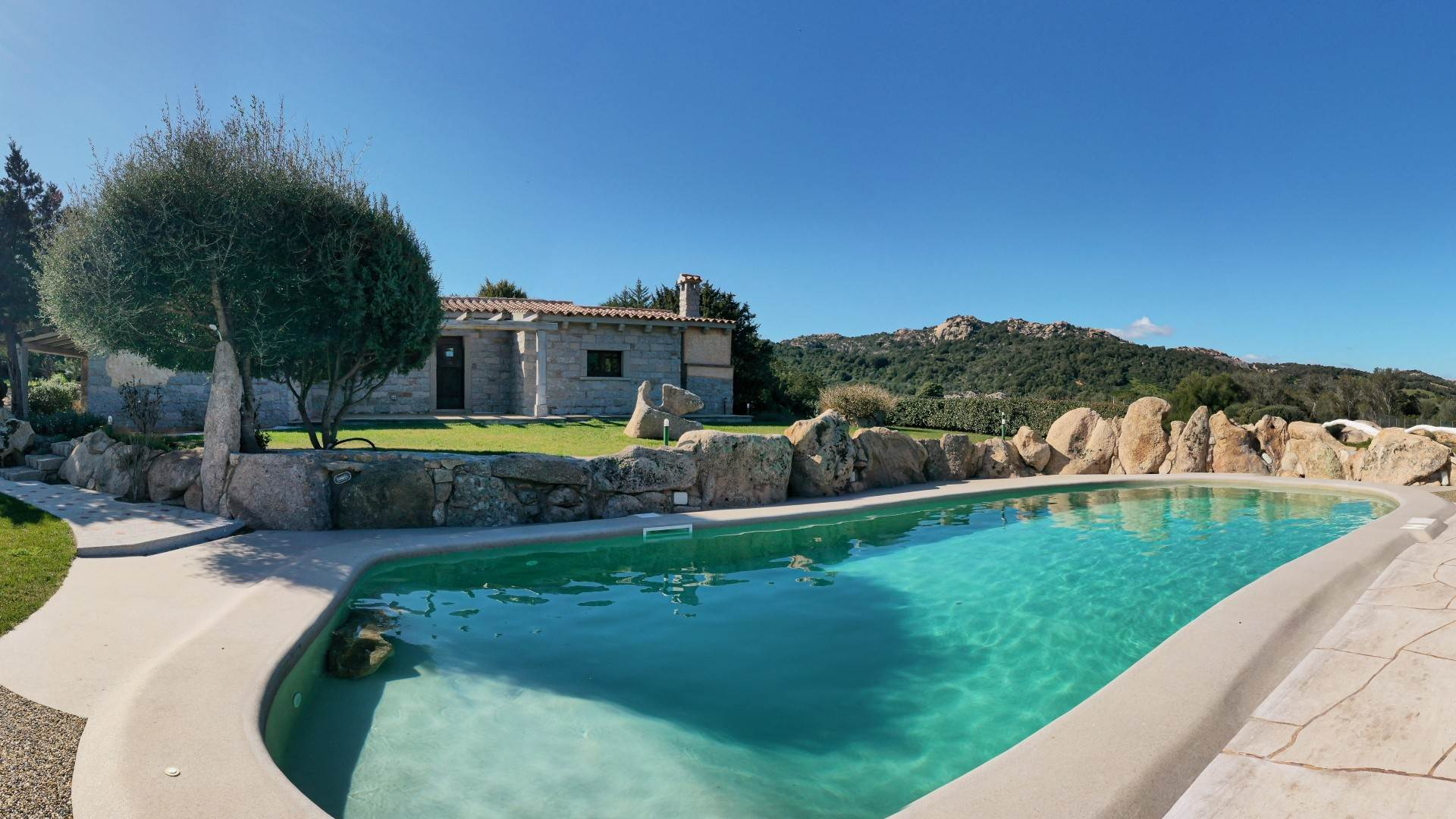 別墅 / 联排别墅 為 出售 在 Country Villa with Pool Costa Smeralda, Olbia Tempio,07021 義大利