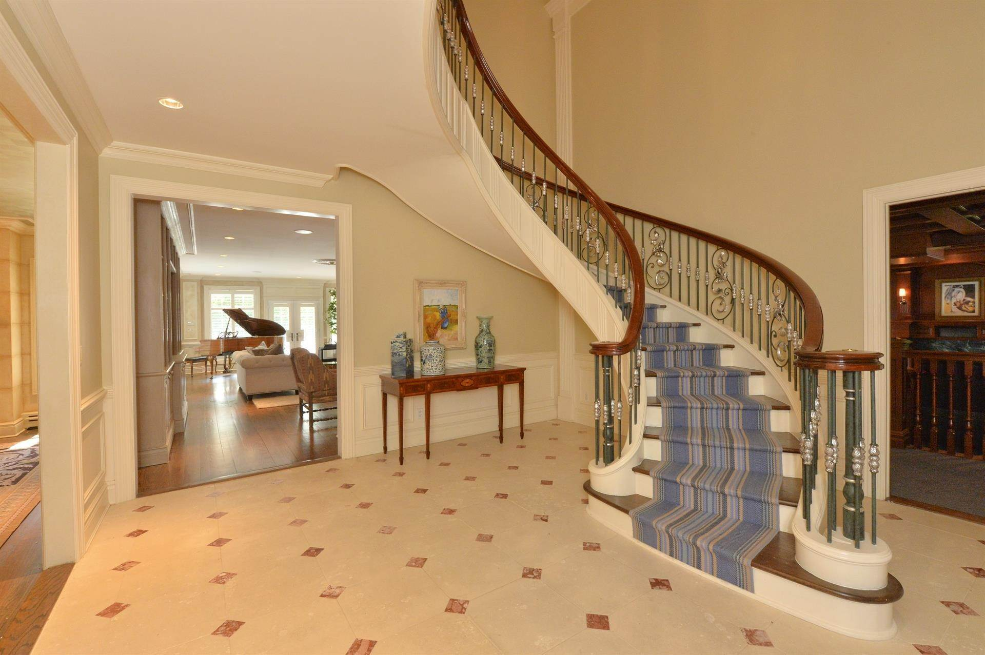 4. Single Family Home 為 出售 在 Celebrity Stunner - 5+ Acre Family Compound Saddle River, 新澤西州,07458 美國