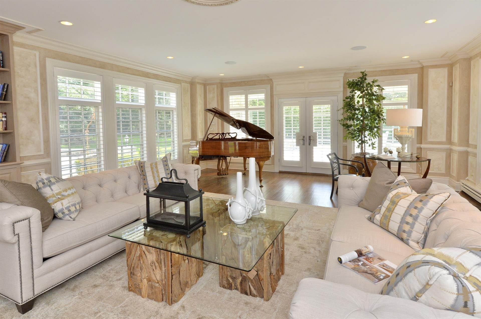 6. Single Family Home vì Bán tại Celebrity Stunner - 5+ Acre Family Compound Saddle River, New Jersey,07458 Hoa Kỳ