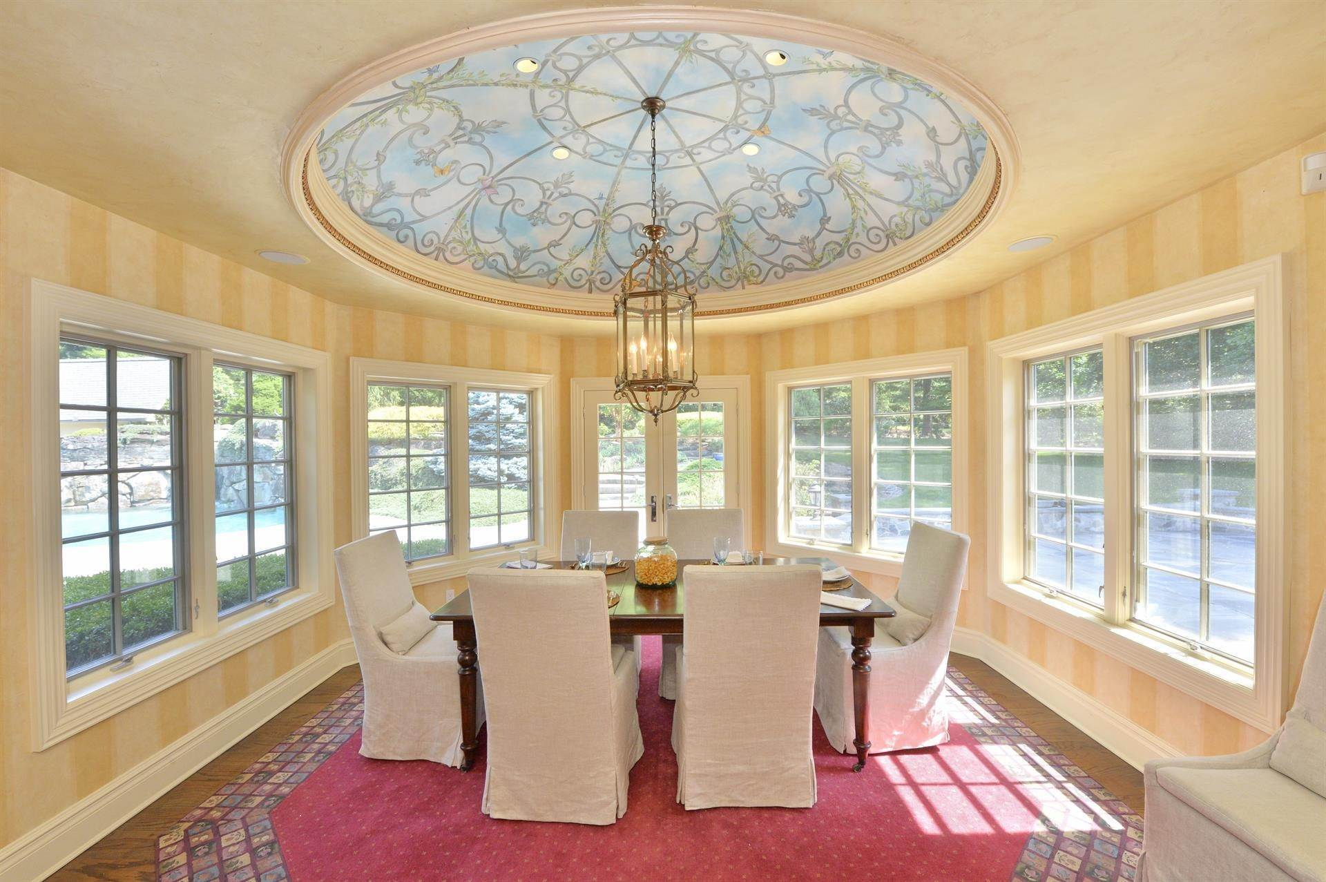 9. Single Family Home 為 出售 在 Celebrity Stunner - 5+ Acre Family Compound Saddle River, 新澤西州,07458 美國