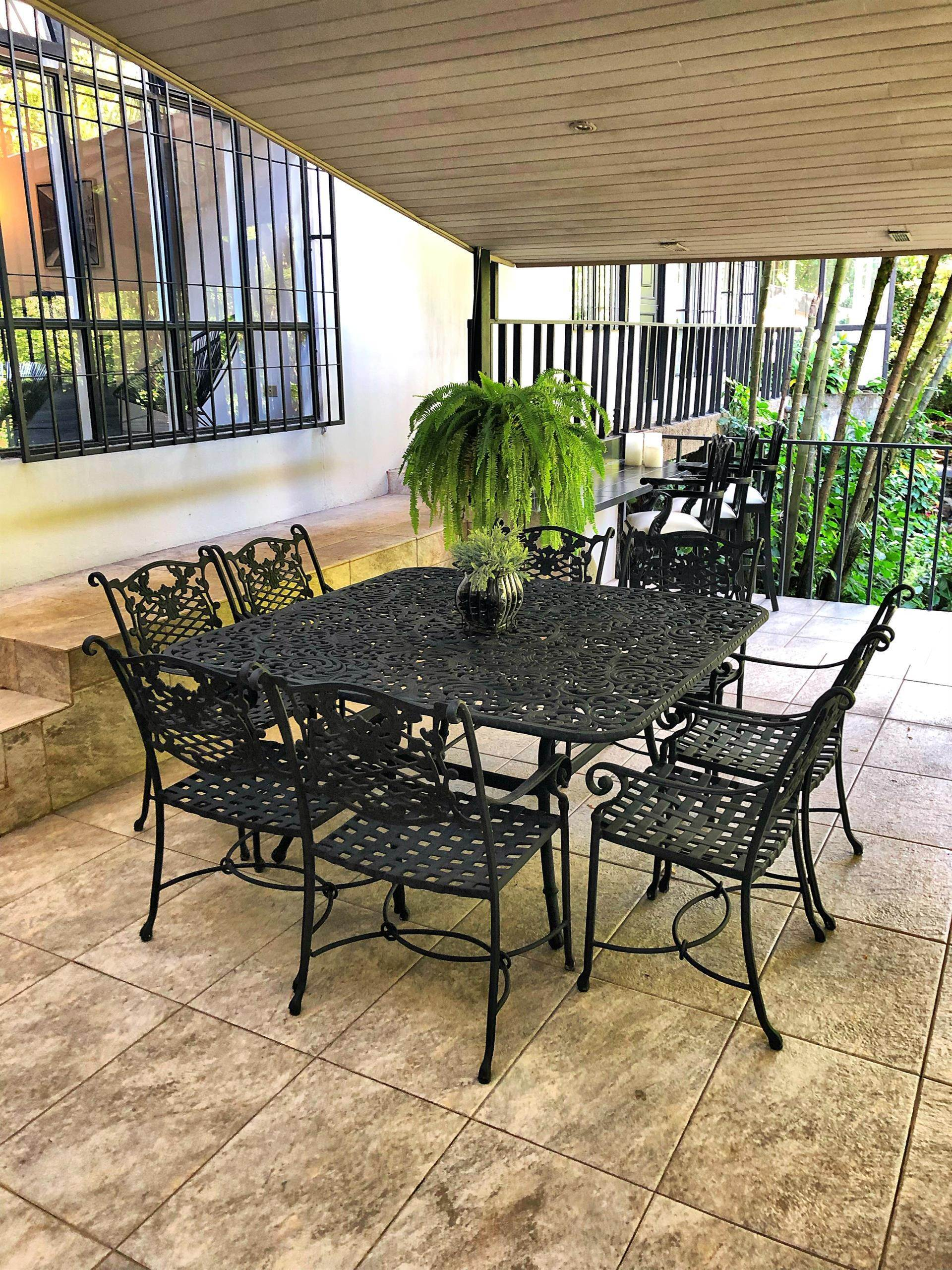 7. Single Family Home için Satış at Elegant Escazú Home Escazu, San José Escazu, San Jose,10201 Koşta Rika