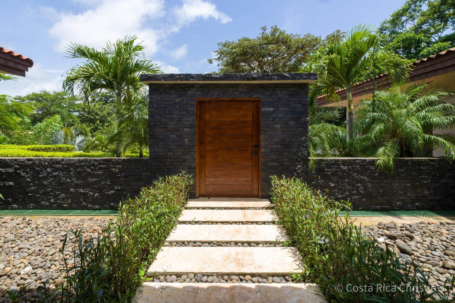 15. Single Family Home for Sale at Casa King Tamarindo, Guanacaste,50303 Costa Rica