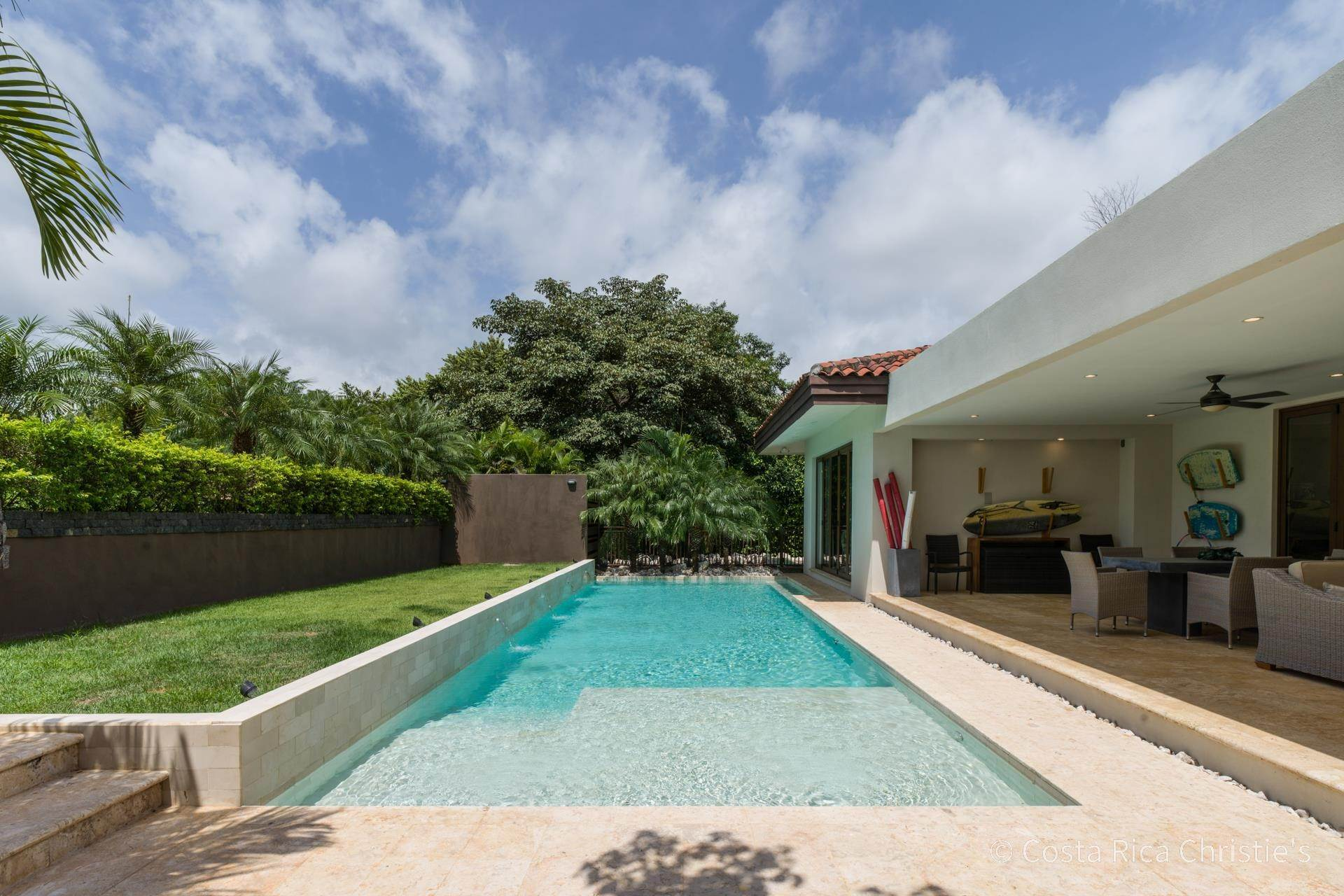 17. Single Family Home for Sale at Casa King Tamarindo, Guanacaste,50303 Costa Rica